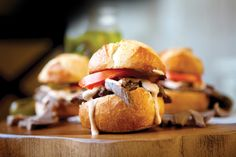 This Saucy Roast Beef Sliders recipe is from the Cook'n recipe organizer recipe collection Salad Sandwich, Sandwich Recipes, Sandwich Ideas, Stir Fry Recipes, Steak Recipes, Roast Beef Sliders, Slider Recipes, Recipe Organization, Recipe Of The Day
