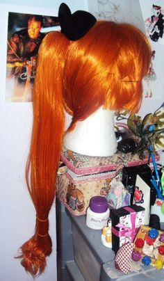 Fantastic Idea for the wig.. LOL this is how i wanna do it!    http://www.cosplayisland.co.uk/costume/view/41813