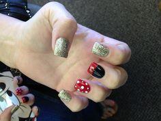 Disney nails ! #minnie