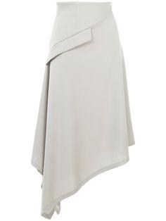 Blouse And Skirt, Skirt Pants, Fashion Details, Fashion Design, Asymmetrical Skirt, Mode Inspiration, Skirt Outfits, Short Skirts, Stylish Outfits