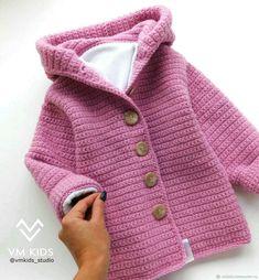 Crochet Kids Sweater Coat Free Patterns: Crochet Girls & Boys Sweaters, Cardigans, shrugs, and more sweater coats with patterns and inspirations. Crochet Baby Jacket, Knitted Baby Cardigan, Crochet Coat, Crochet Baby Clothes, Baby Girl Crochet, Crochet For Kids, Girls Sweaters, Baby Sweaters, Baby Knitting Patterns