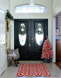 Christmas Home Tour by hi sugarplum! Pink Christmas Tree with black, white and gold - perfect. Double Front Entry Doors, Glass Front Door, Pink Christmas Tree, Christmas Home, Christmas Entryway, Christmas Decor, Porch Doors, Front Door Makeover, Front Door Colors