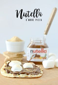 Nutella Smore Pizza | Nutella s'more pizza | Nutella S'mores from Hello Splendid www.hellosplendid.com #Hellonaan Homemade Desserts, Sweet Desserts, Easy Desserts, Sweet Recipes, Delicious Desserts, Dessert Recipes, Yummy Food, Fun Food, Famous Chocolate Chip Cookie Recipe