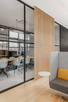 View the full picture gallery of Ondatel Design Studio Office, Modern Office Design, Office Interior Design, Home Office Decor, Office Interiors, Interior Design Inspiration, Home Decor, Bureau Design, Scandinavian Office