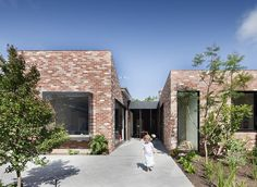 Built by Clare Cousins Architects in St Kilda, Australia with date Images by Shannon McGrath. Located in St Kilda East, this double fronted Victorian house offered ample space for a young family; however, brick . Brick Architecture, Architecture Awards, Victorian Architecture, Residential Architecture, Architecture Interiors, Interior Exterior, Exterior Design, Clare Cousins, Brick Cladding