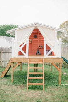 This birthday girl's dad built her adorable party house: http://www.stylemepretty.com/living/2015/06/09/sweet-as-a-peach-first-birthday/   Photography: Kindled Photo - http://kindledphotography.com/