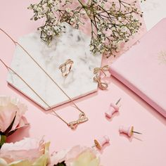 The perfect gift all wrapped up with a bow! #loveargento #giftideas . . . . #jewellery #loveargento #love #argentojewellery #fblogger #ukblogger #details #accessories #rose #rosegold #sparkle #flatlay #floral #gift #style #pastel #pink #marble #bow