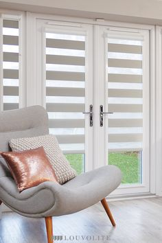 Our new Vision window blinds fit perfectly amongst larger windows and doors making for a sleek, luxury aesthetic for a modern appeal within the home. Perfect for living areas to let in plenty of light! Blinds For Bifold Doors, Blinds For French Doors, French Doors Bedroom, Blinds For Patio Doors, Kitchen Door Blinds, Kitchen Patio Doors, Patio Door Curtains, Modern Window Coverings, Patio Door Coverings