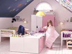 Rosa Martínez Decoración e Interiorismo. Dormitorios para que los más pequeños de la casa sigan soñando.