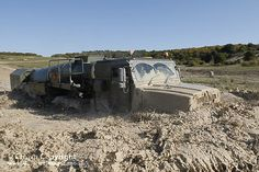 An Oshkosh Tactical Air Refueller Wheeled Tanker negotiates rough terrain driver training at Salisbury Plain by 4 Regiment Army Air Corps (AAC). Army Vehicles, Armored Vehicles, Salisbury Plain, Military Pictures, Military Equipment, British Army, War Machine, Armed Forces, Troops