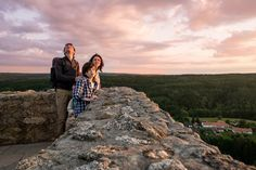 Op zoek naar een leuke en verrassende vakantiebestemming met de familie? Wat dacht je van Tsjechië! Er zijn kastelen, spannende wandelingen, attractieparken, dierentuinen en je kan er kanoën, paardrijden of grotten bezoeken.   Lees onze tips van de leukste familie-uitjes in de regio's.