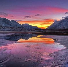 An artist's imagination as he draws a landscape in Iceland? A view of the frozen sunset captured in Shandur Lake, Gilgit-Baltistan. Where the locals like to play Polo and live ordinary lives, Shandur serves as a tourist's delight.