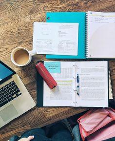 Cognitive scientist in the making Blogging on personal development Веду канал о том, как стать более собранным, организованным и продуктивным