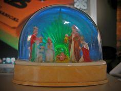 manger snow globe  by Kitsch & Ugly, via Flickr