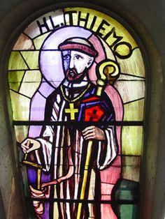 Portrait of Thiemo in stained glass, Liesing parish church, Vienna Catholic Saints, Roman Catholic, Benedictine Monks, Catholic Online, Word Of Faith, Images And Words, Salzburg, Metal Working, Stained Glass