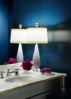 We are simply in love with the sapphire color on the walls in this powder room. Gorgeous, gorgeous! - Traditional Home ®/ Photo: Werner Straube / Design: Jan Showers and Zara Taitt