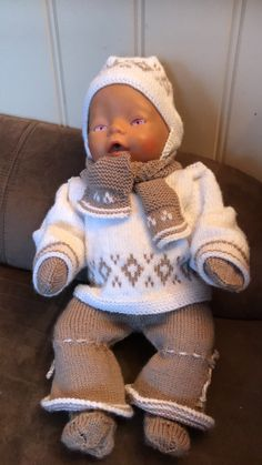 Strikkende dokke klær Baby Born Clothes, Premature Baby, Doll Clothes, Crochet Hats, Granddaughters, Dolls, Baby Products, Kids, Fashion