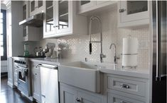 Hollywood Sierra Kitchens - Luxe Interiors + Design