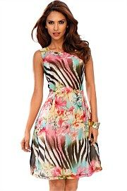 Heine Floral Dress. Get immaculate discounts up to 60% at Ezibuy using Coupon and Promo Codes.