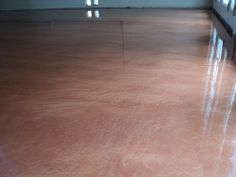 Dreamcoat Flooring offers the traditional epoxy coatings that installs in 2 to 4 days, or the fast drying polyaspartic polyurea coatings that install in less than one day and can be driven on the next. Dream Coat Flooring – (480) 226-4172 http://www.dreamcoatflooring.com/