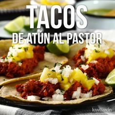 Tacos de Atún al Pastor [Video] Seafood Recipes, Mexican Food Recipes, Cooking Recipes, Healthy Recipes, Cooking Cake, Indian Recipes, Easy Cooking, I Love Food, Good Food