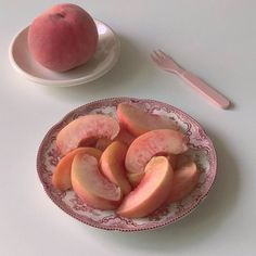 324 images about peach aesthetic on We Heart It | See more about aesthetic, pink and peach Peach Aesthetic, Aesthetic Food, Aesthetic Style, Summer Aesthetic, Good Food, Yummy Food, Pink Foods, Cute Desserts, Cafe Food