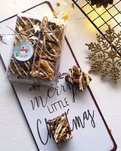 Container, Merry, Gift Wrapping, Sweets, Christmas, Gifts, Food, Gift Wrapping Paper, Xmas