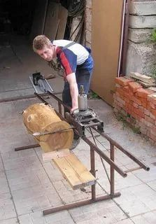Woodworking Items That Sell, Woodworking Jigs, Woodworking Projects, Homemade Chainsaw Mill, Homemade Bandsaw Mill, Woodshop Tools, Garage Tools, Chainsaw Mill Plans, Wood Mill