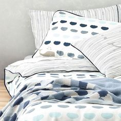 Young and contemporary! Sail away with our reversible whale watching quilt cover set. In blues and greys it will be a grea addition to your little boys room. Available in single and king single. Matching sheet sets also available.