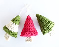 Crochet Christmas Trees. Free pattern.
