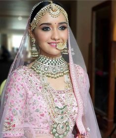 Ethnic Outfits, Indian Outfits, Ethnic Clothes, Bridal Make Up, Bridal Looks, Thai Wedding Dress, Wedding Dresses, Indian Bridal Photos, Bridal Lehenga Collection