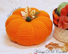 A Lovely Big Pumpkin! - Krissys Over The Mountain Crochet Crochet Pumpkin Pattern, Crochet Pillow Patterns Free, Halloween Crochet Patterns, Crochet Mandala Pattern, Free Crochet, Knit Patterns, Easy Crochet, Crochet Fall, Holiday Crochet