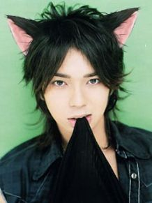 Some of you may have come across the sexy nerd and emo/scene girls and wondered, that's great, but what about the boys? And needless to say, boys are not alone in the fetishizing of the opposite gender. Japanese Eyes, Japanese Boy, Japanese Beauty, Jun Matsumoto, Beautiful Men, Beautiful People, Song Joong, Park Bo Gum, Human Poses