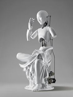South Korean artist Wang Zi Won creates functional sculptures of Buddha and bodhisattva (enlightened being) to explore the connections between man, science and technology. Amitabha Buddha, Grid Design, Religious Icons, Korean Artist, Sculpture Art, Art Dolls, Contemporary Art, Contemporary Sculpture, Modern Art