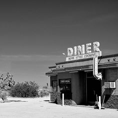 Diner. Lake Los Angeles, CA (2011) | Photographer: Kevin Balluff - http://www.flickr.com/photos/eyetwist