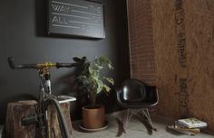 Eames y una state bike co. nada mas importa