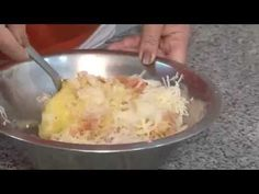 Culinária Judaica - Latkes - YouTube Israeli Recipes, Israeli Food, Comida Judaica, Curry, Make It Yourself, Ethnic Recipes, Youtube, Recipes, Meals