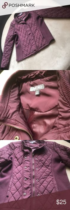 Maroon Roz & ALI Quilted Zip Up Jacket Sleek style Roz & Ali Jackets & Coats