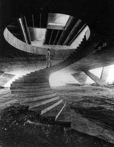Museu de Arte Moderna, Rio de Janeiro, 1953, Stair case. Arquiteto Affonso Eduardo Reidy [Affonso Eduardo Reidy, Instituto Bardi]