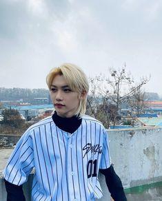 Felix Stray Kids, Shinee, Mullet Hairstyle, Aesthetic Boy, Korean Aesthetic, Lee Know, Lee Min Ho, My Sunshine, Boyfriend Material