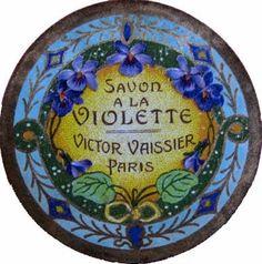 Savon à la violette Vintage Jars, Vintage Labels, Green Basket, Etiquette Vintage, Soap Labels, Genie, Paper Trail, Printable Labels, Violets