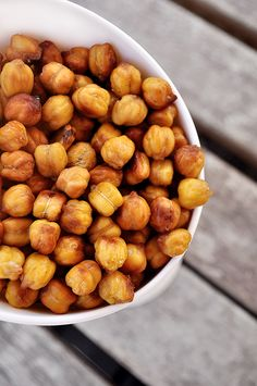 Most delicious snack...EVER! Who'da thought you could make honey roasted chickpeas?! They're crunchy like corn nuts but super healthy!! PIN! PIN! PIN!  http://thedailygoodiebag.com/2014/03/honey-roasted-chickpeas/