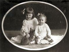 Eva Braun with older sister Ilse, 1913 (b/w photo)