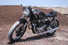dime_city_cycles_classic_cafe_cb450_racer_09