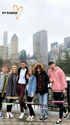 Their new York holiday for Zoë's birthday. Joseph Sugg, Zoella Style, Zoella Outfits, Mark Ferris, Poppy Deyes, Pointless Blog, Sugg Life, Zoe Sugg, Ricky Dillon