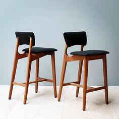 Locally-made bar stools with a distinctly Modernist feel - nice work Tide | Regram australian_architecture #MelbourneMade #kitchenstools #furnituredesign #Tide #MCM #Modernist