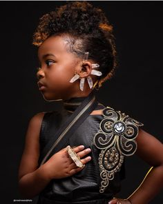 Natural clear quartz wire wrapped and formed into an earcuff. As seen in recent photo shoot with Creative Soul Photography. Pretty Black Girls, Beautiful Black Girl, Black Girl Art, Black Girls Rock, Black Kids, Black Girl Magic, Beautiful Women, Black Photography, Afro Art