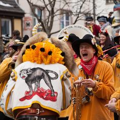 «Singing, dancing and having lots of fun it's all fasnet in Schramberg Germany is about ! #joingermantradition #jaimelallemagne»