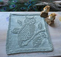 knit owl dishcloth. website is completely in german, though. Need Oma....