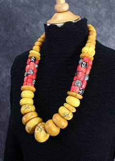 Nice necklace - this flickr page had some really nice pieces and bead ideas.  Faux Amber. Dorothy Siemens